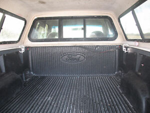 1999 Ford F-150 XLT with Leer Cap **SAFETIED & E-TESTED** Kitchener / Waterloo Kitchener Area image 5