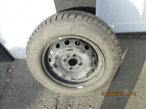NEAR NEW set of FOUR  175/70R14 winter tires