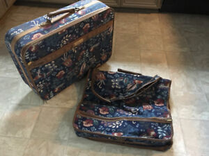 2 piece BUXTON Luggage and garment bag