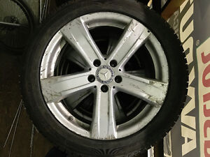 255/45R18 Michelin X-Ice Xi3 pneus d'hiver mags Mercedes TPMS West Island Greater Montréal image 2