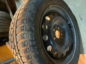 "Set of 4 16"" Winter tires on Rims"