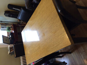 Dining Room Table & 4 chairs