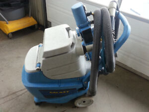 MACHINE NETOYAGE  A TAPIS AUTOMOBILE GALAYX