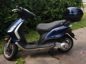 2011 Piaggio Fly 150 Scooter