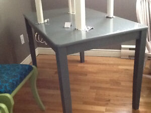 Small charcoal table with 4 chairs your choice