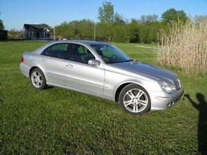 2005 Mercedes-Benz E500 4Matic Berline