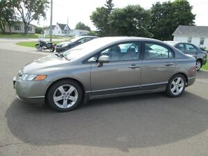 2008 Honda Civic LX 5 SPEED LOADED SUNROOF TRADE WELCOME