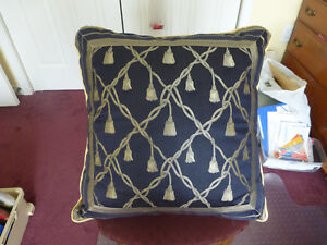 Decorative Livingroom Pillow