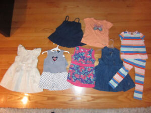 WOW - Vêtements de marque fille -2T- Girl Brand clothes