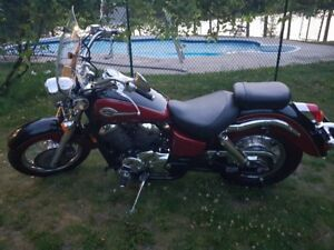 2002 Honda Shadow 750 (ACE)