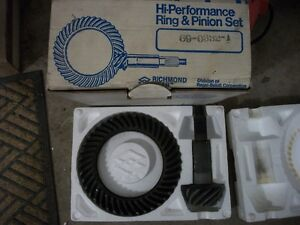 Richmond Dana 60 4.10 Reverse cut Ring Pinion NEW 69-0332-1