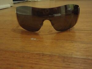 AUTHENTIC Unisex D & G clear and Silver sunglasses
