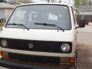 1985 VW Vanagon Transporter camper