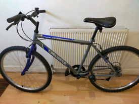 Challenge conquer adults bike! Medium frame! Excellent condition
