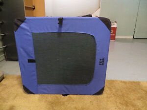 Travel Dog Cage - Soft Sided Peterborough Peterborough Area image 3