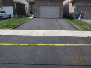 Paving Contractors: Parking lots, driveways and more in asphalt Cambridge Kitchener Area image 1