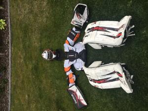Goalie complete set. Pads, glove, blocker, helmet...