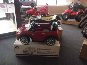 Toy E-Cars for Christmas