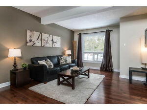 Spacious Condo 3 Bedroom Townhome in Uplands