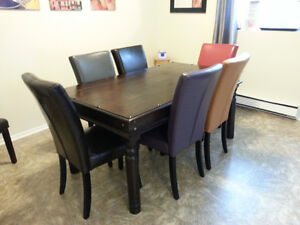 Beautiful Rustic India Dining Table and 6 Chairs