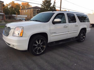 2008 GMC Yukon XL Denali Full Loaded 22 Rims 17000$ OBO
