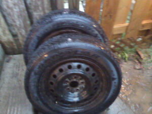 2 tires with rims Nortic 215/60R16 used with a few seasons left London Ontario image 4