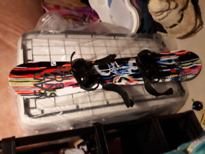 Youth snowboard, with bindings