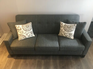 Gently used custom design grey couch  (6.5' x 3') and pillows