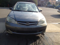 2005 Honda Civic pas chere DOIT VENDER Sedan