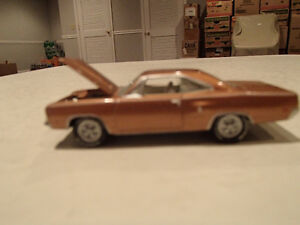 Loose Citron Gold Poly 1970 '70 PLYMOUTH SPORT SATELLITE 383/335 Sarnia Sarnia Area image 3