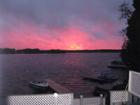 WATERFRONT Move-In-Ready Furnished cottage-SUNSETS, BEACH