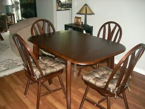 Dinette Suite c/w chairs