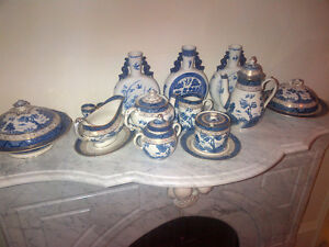 Large collection of Blue Willow China, and Old Blue Willow