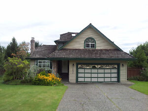 $3200 / Chimney Hills - 5 bd - 3 storey home on 14,000 sq ft lot