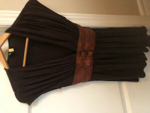 Beautiful brown shirt in good condition -size Medium