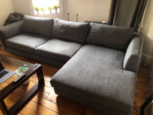 Gorgeous custom comfy sectional couch with chaise - EQ3