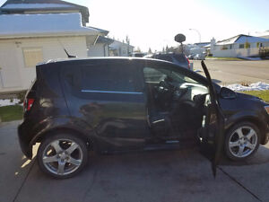 2013 CHEVROLET SONIC LT LOW KMS!!!!!!