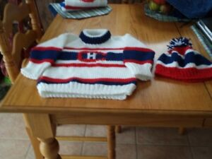 montreal canadiens sweater & toque size 2-4 & doggie sweater