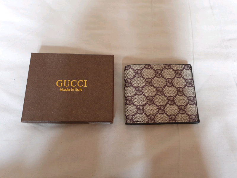 Gucci- wallet 2 | in Moston, Manchester | Gumtree