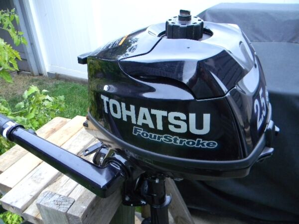 Used 2014 Other Tohatsu 2.5 hp Outboard motor short shaft
