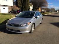 2012 Honda Civic LX Sedan en Bonne Condition, Bon mileage