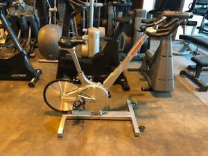 Spin-Bike Treadmill Elliptical FITNESS WAREHOUSE LIQUIDATION