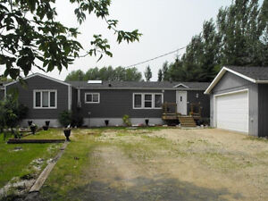 Lee River House/Cabin Rental 10 mins to Lac Du Bonnet