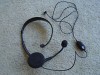 XBOX 360 Black Wired Headset...ONLY $ 5 !
