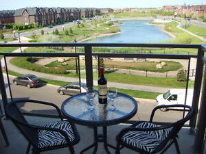 *BOIS-FRANC(St.Laurent) *LAKEFRONT SUPERB 4½, 2bd+GARAGE+APPLIAN