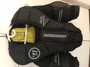 Warrior goalie chest pad Youth L/XL