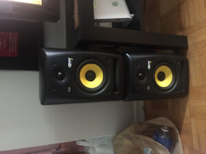 KRK rockit 5 speakers barely used