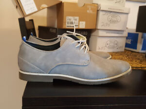 Men's SPRING shoes, brand new, size 10.5