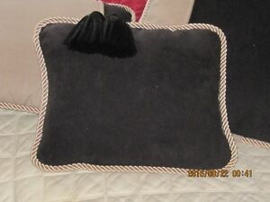 Homemade pillows and blankets Cambridge Kitchener Area image 8