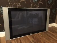 """42"""" Phillips tv with wall bracket"""